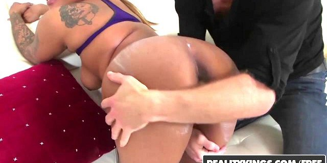realitykings round and brown carla banks michael vegas