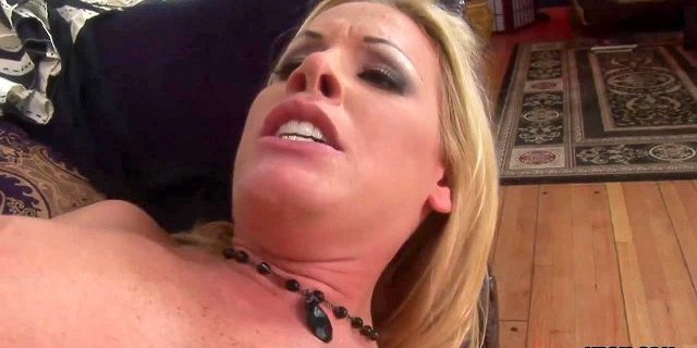 blonde bitch nicole fucked by a player then got facialized
