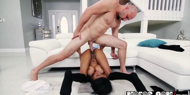 mofos dont break me brittney white big titty ebony chi