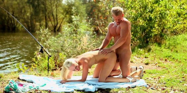 blonde couple dennis and jenny fuck outdoor daringsex com